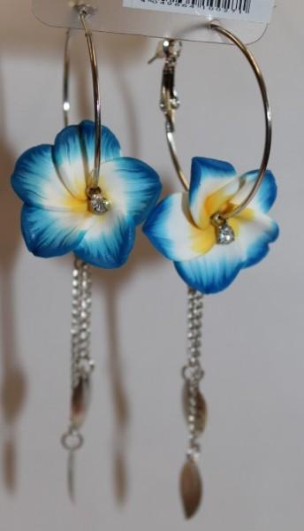 Blüten Kreolen blau