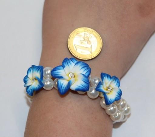 Blüten Armband blau
