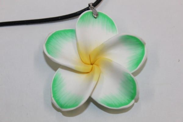 Blüten Halskette grün