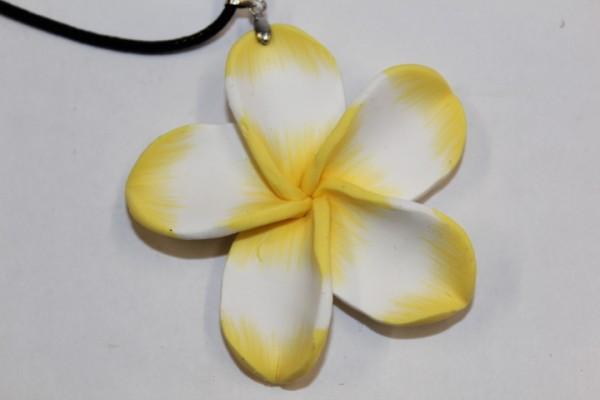 Blüten Halskette gelb