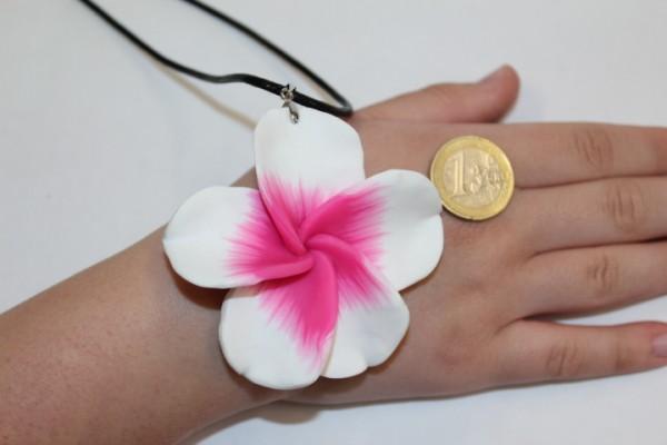 Blüten Halskette weiß - pink
